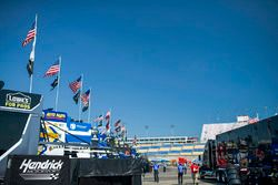 Jimmie Johnson, Hendrick Motorsports, Chevrolet Camaro Lowe's / Jimmie Johnson Foundation, general view, hauler