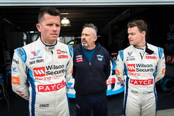 Garth Tander, Garry Rogers Motorsport, James Moffat, Garry Rogers Motorsport
