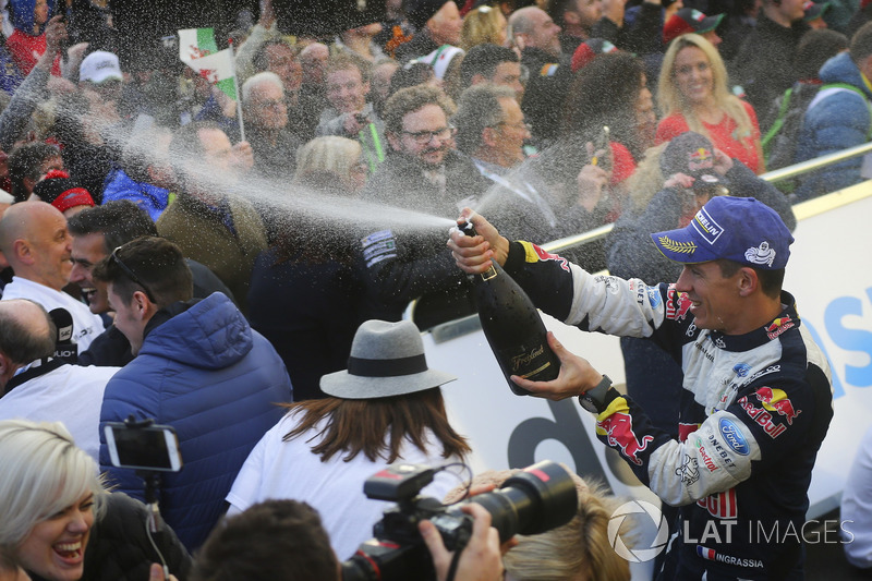 Julien Ingrassia, M-Sport celebrates with the champagne
