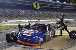 Elliott Sadler, JR Motorsports Chevrolet, makes a pit stop