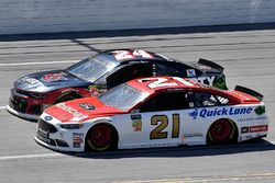 Paul Menard, Wood Brothers Racing, Ford Fusion Motorcraft / Quick Lane Tire & Auto Center and William Byron, Hendrick Motorsports, Chevrolet Camaro Liberty University