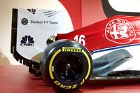 Alfa Romeo Sauber renk düzeni lansmanı