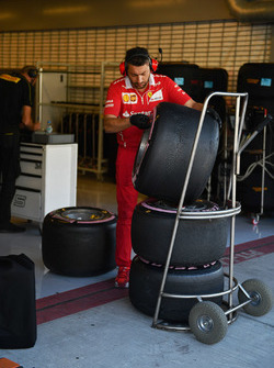 Ferrari mechanic and Pirelli tyres
