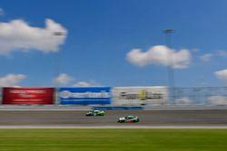 Daniel Suarez, Joe Gibbs Racing, Toyota Camry Juniper Networks, Kevin Harvick, Biagi-DenBeste Racing, Ford Mustang Hunt Brothers Pizza