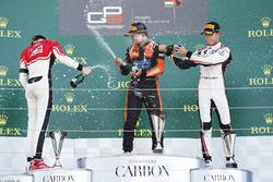 كالوم إلوت، آرت غران بري ودوريان بوكولاتشي، ام بي موتورسبورت وأنطوان هوبير، آرت غران بري
