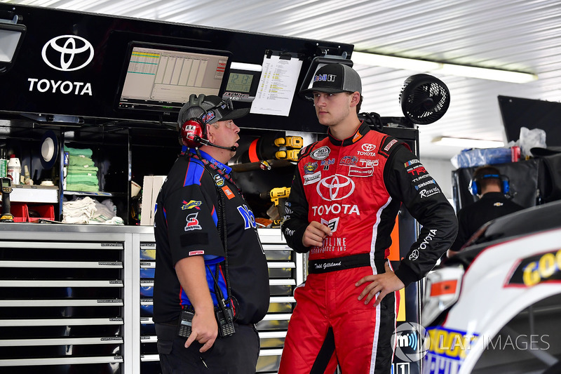 Todd Gilliland, Kyle Busch Motorsports, Toyota Tundra Mobil 1, Marcus Richmond II
