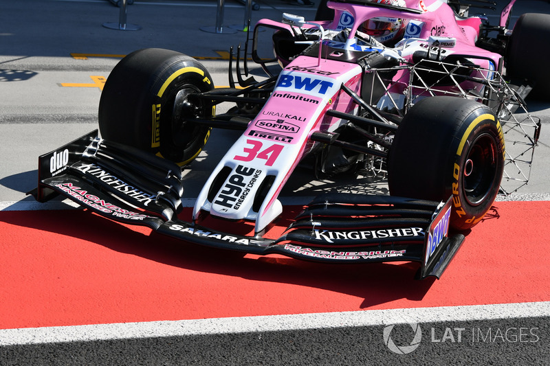 Force India VJM11 nose and front wing detail