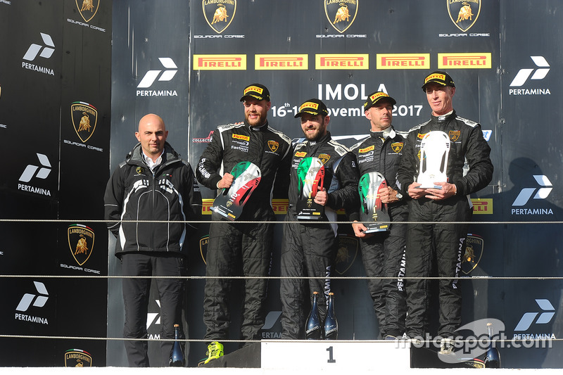 Podium AM: race winners Philipp Wlazik, Florian Scholze, Dörr Motorsport, second place Matej Konopka, ARC Bratislava, third place Mario Cordoni, GDL Racing