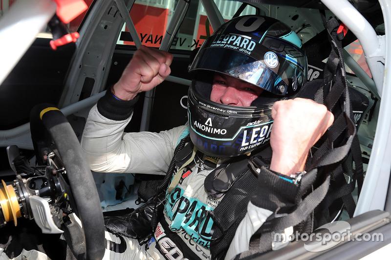 Чемпион 2017 года Жан-Карл Вернэ, Leopard Racing Team WRT