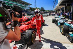 Winnaar Sebastian Vettel, Ferrari in parc ferme