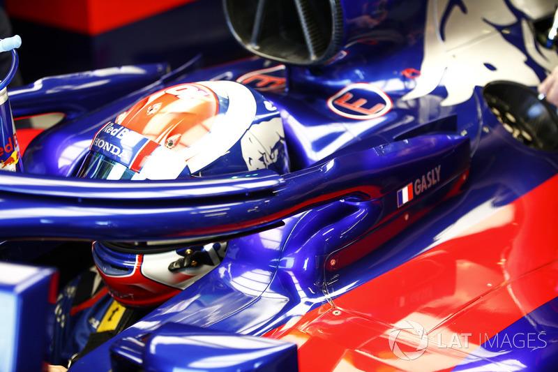 Toro Rosso STR13 detalle del Halo