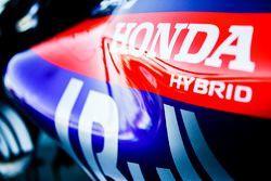 Logo de Honda en el Toro Rosso STR13 Honda