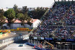 Oliver Turvey, NIO Formula E Team, with Nicolas Prost, Renault e.Dams. & Lucas di Grassi, Audi Sport