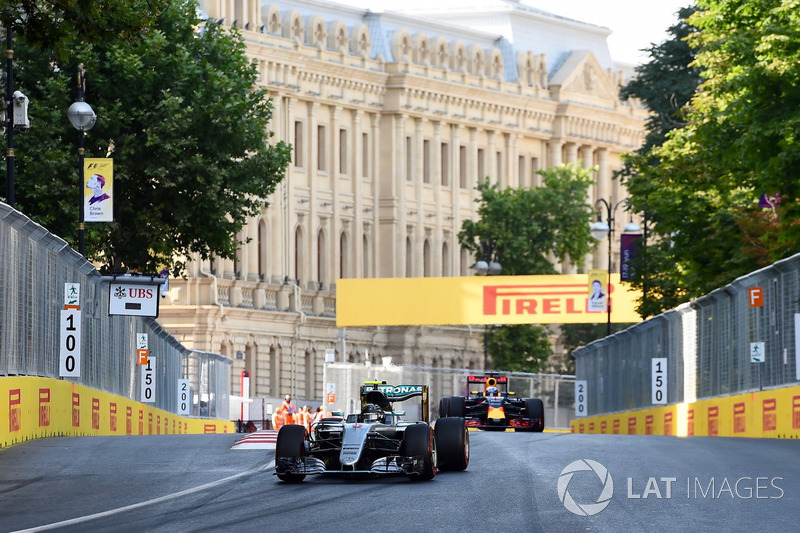 2016 Nico Rosberg, Mercedes (Baku)