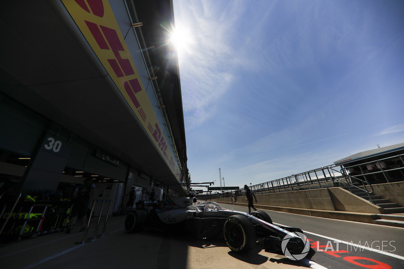 Lance Stroll, Williams FW41, sort du garage