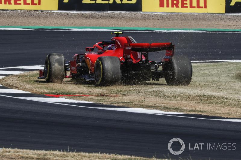 Kimi Raikkonen, Ferrari SF71H se va al pasto
