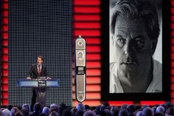 Brad Keselowski inducts Robert Yates to the Hall of Fame