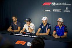 (Da sx a dx): Romain Grosjean, Haas F1, Fernando Alonso, McLaren, Esteban Ocon, Force India F1 e Pierre Gasly, Scuderia Toro Rosso, nella conferenza stampa