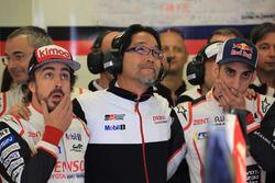Fernando Alonso, Sébastien Buemi, Hisatake Murata, Team President Toyota Gazoo Racing