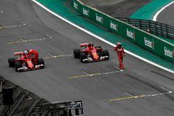 Sebastian Vettel, Ferrari SF70H e Kimi Raikkonen, Ferrari SF70H arrivano nel parco chiuso