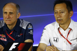 Franz Tost, Team Principal, Scuderia Toro Rosso, Yusuke Hasegawa, Senior Managing Officer, Honda, in the team principals' Press Conference