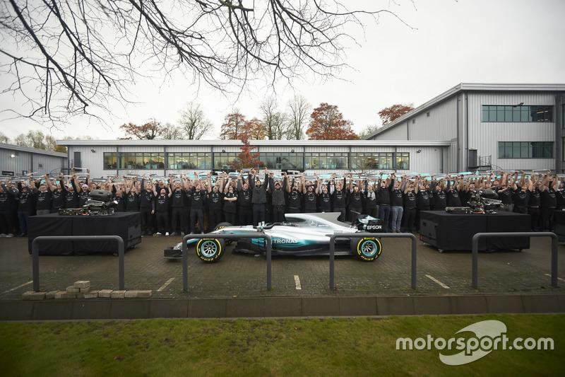 Niki Lauda, Non-Executive Chairman, Mercedes AMG F1, Lewis Hamilton, Mercedes AMG F1, Toto Wolff,