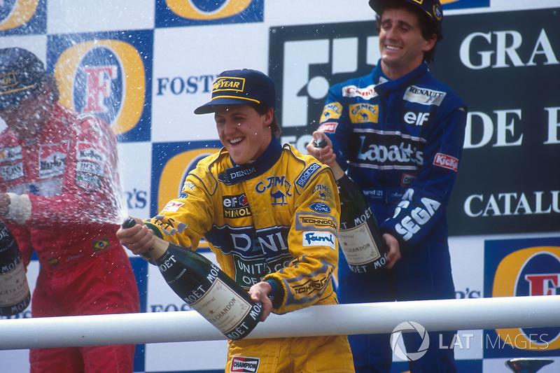 Prost ganó, con Senna y Schumacher en el podio. En esa época, Senna y Prost eran tricampeones. El francés todavía sería tetracampeón al final de aquel año y Schumacher sería campeón siete veces. Con eso, este es el podio con más títulos en la historia, con
