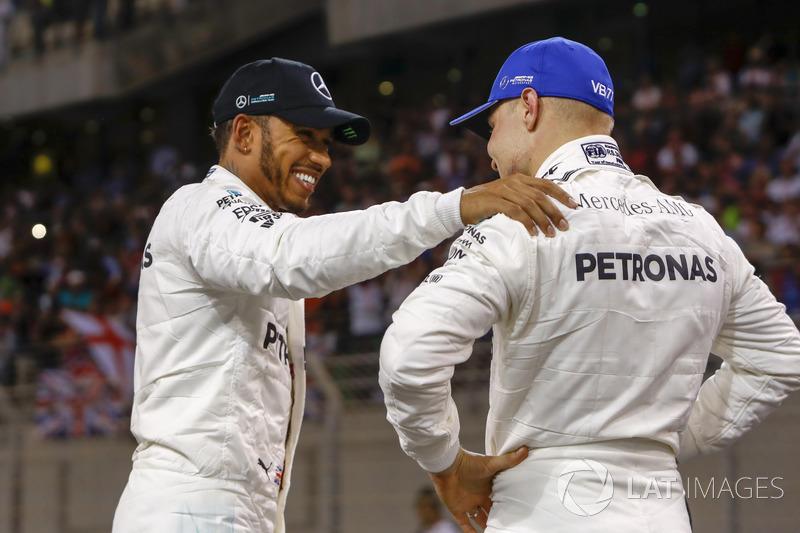 I primi due qualificati Valtteri Bottas, Mercedes AMG F1 e Lewis Hamilton, Mercedes AMG F1
