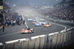 Arturo Merzario, Carlos Pace, Ferrari 312PB leads Jacky Ickx, Brian Redman, Ferrari 312PB, Jean-Pier