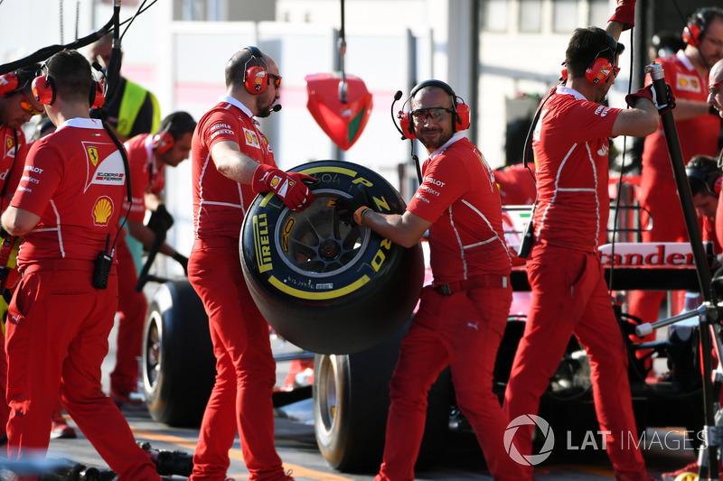 Механіки Ferrari