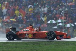 Race winner Rubens Barrichello, Ferrari F1 2000