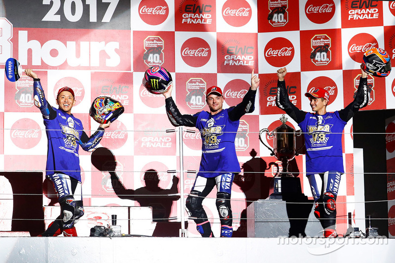 8 Horas de Suzuka: Katsuyuki Nakasuga, Alex Lowes, Michael van der Marc, Yamaha Factory Racing Team
