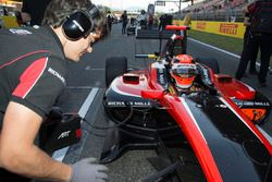 George Russell, ART Grand Prix on the grid before Race two