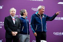 Jean Todt, Alain Prost et Jean Paul Driot sur le podium