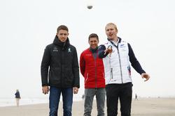Paul Di Resta, Mercedes-AMG Team HWA, Mercedes-AMG C63 DTM, Loic Duval, Audi Sport Team Phoenix, Audi RS 5 DTM, Maxime Martin, BMW Team RBM, BMW M4 DTM