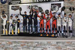 Podio vincitori di classe: Ricky Taylor, Jordan Taylor, Alex Lynn, Wayne Taylor Racing, Antonio Garc