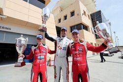 Podium: Le vainqueur Dusan Borkovic , GE-Force, Alfa Romeo Giulietta TCR, le deuxième James Nash, Lukoil Craft-Bamboo Racing, SEAT León TCR, le troisième Hugo Valente, Lukoil Craft-Bamboo Racing, SEAT León TCR