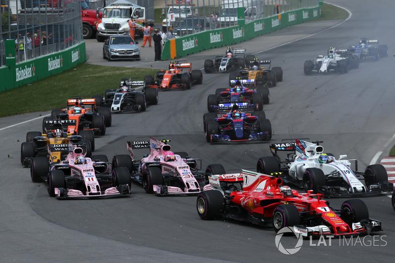 Kimi Raikkonen, Ferrari SF70H, Sergio Perez, Sahara Force India VJM10, Esteban Ocon, Sahara Force India VJM10