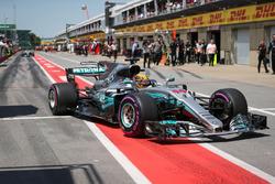 Polesitter Lewis Hamilton, Mercedes-Benz F1 W08  arrives in parc ferme