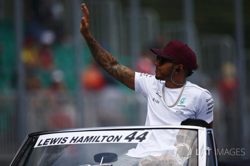 O GP do Canadá era uma boa oportunidade para Hamilton. Em um dos traçados em que mais venceu, o inglês partia da pole position.