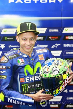 Valentino Rossi, Yamaha Factory Racing, with new helmet