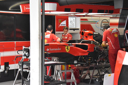 Ferrari SF70H side