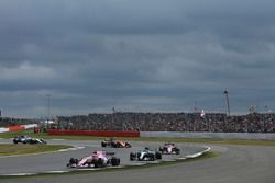 Esteban Ocon, Sahara Force India F1 VJM10, Valtteri Bottas, Mercedes AMG F1 W08, Sergio Perez, Sahara Force India F1 VJM10, Stoffel Vandoorne, McLaren MCL32