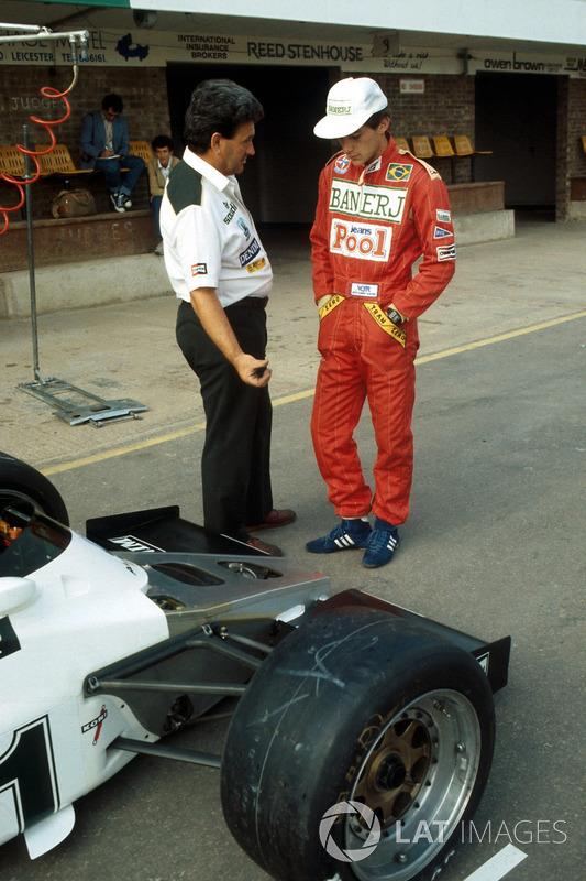 Ayrton Senna, discusses his first run in the Williams FW08C with Allan Challis Team Manager