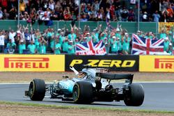 Le vainqueur Lewis Hamilton, Mercedes-Benz F1 W08