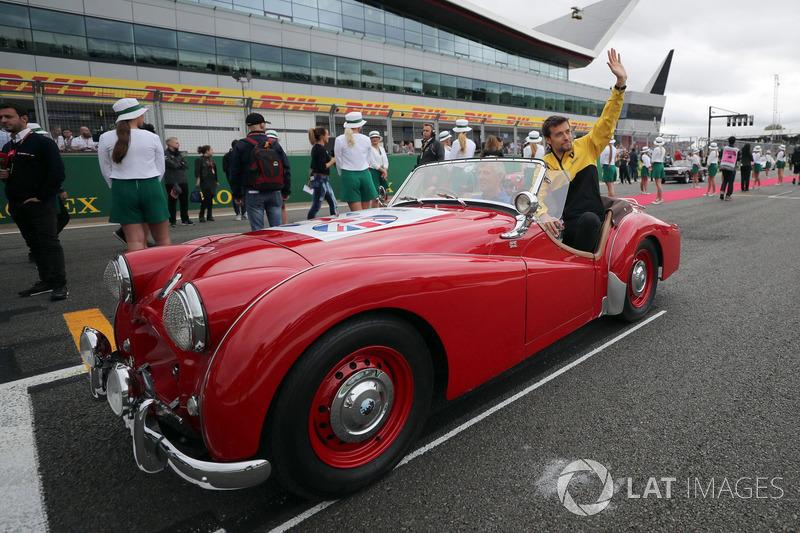Jolyon Palmer, Renault Sport F1 Team en el desfile de piloto