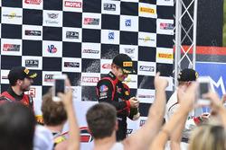 Podium: ganador, Patrick Long, Wright Motorsports, seegundo, Alex Riberas, R.Ferri Motorsport, terce