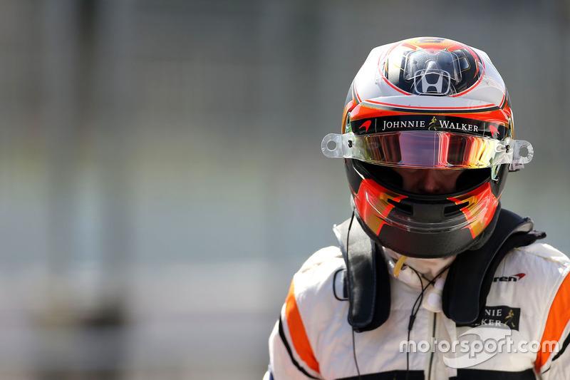 Jeudi : Stoffel Vandoorne, McLaren MCL32