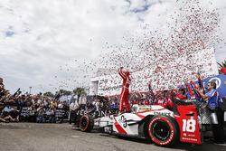 Yarış galibi Sébastien Bourdais, Dale Coyne Racing Honda