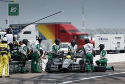 Spencer Pigot, Ed Carpenter Racing Chevrolet pit stop